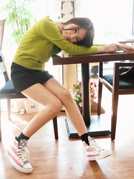 Diện đồ với giày Converse  | Converse, Giày Converse, Mix đồ, Giày dép, Phụ kiện