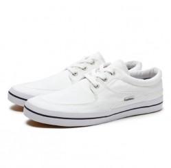 Cách giặt giày trắng như mới