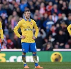 Arsenal gặp ác mộng trên sân của Stoke City