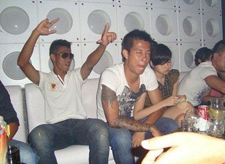 Những bóng hồng showbiz của cầu thủ Việt ngày ấy – bây giờ | Showbiz Việt,Thảo Trang,Thủy Tiên,Tâm Tít,Đinh Ngọc Diệp